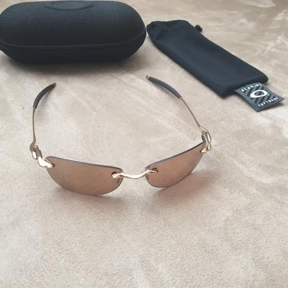 0191e9a1ef4 Oakley Why 8.0 Sunglasses Rare. M 5ac3bbec05f430ed7d14813d